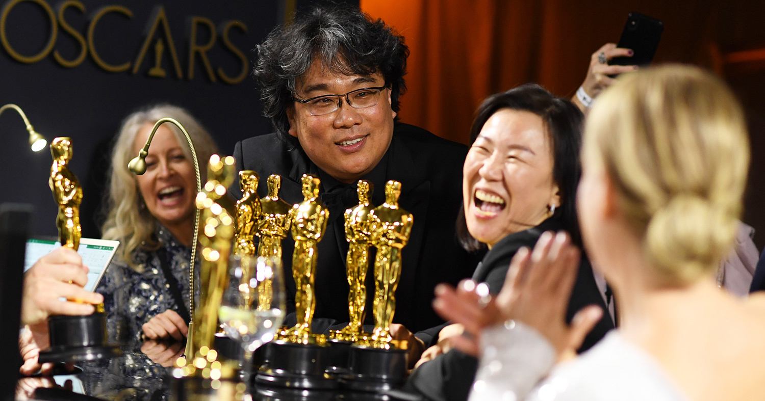 Bong Joon Ho Shows Off Oscars to Renée Zellweger: 'Is That All?' | PEOPLE.com